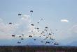 lanzamiento de paracaidistas