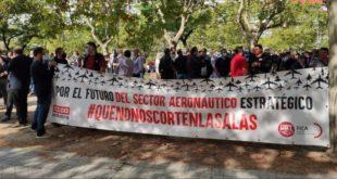 Empresas y sindicatos negocian tras la jornada de huelga en el sector
