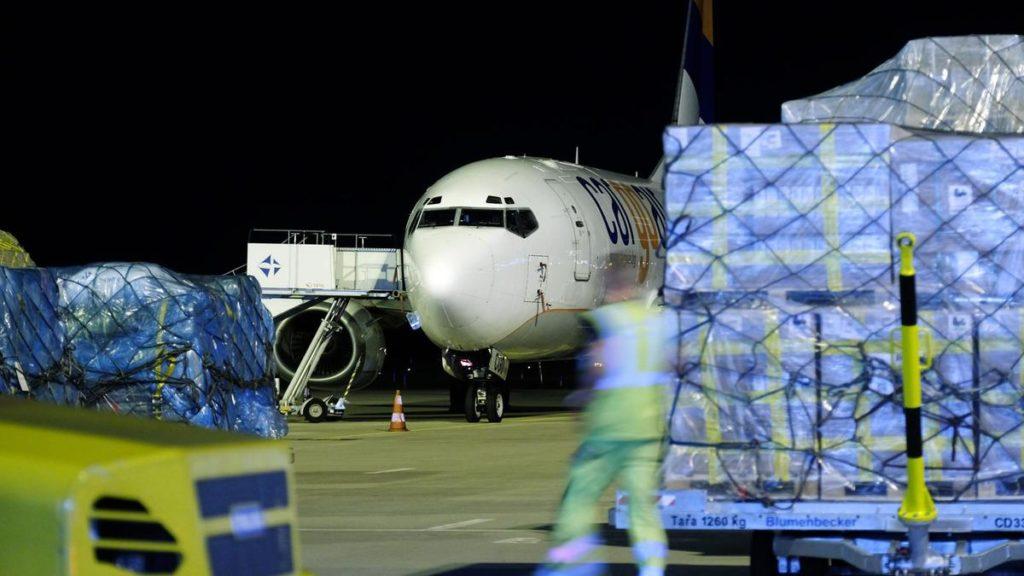IATA demanda de carga aérea