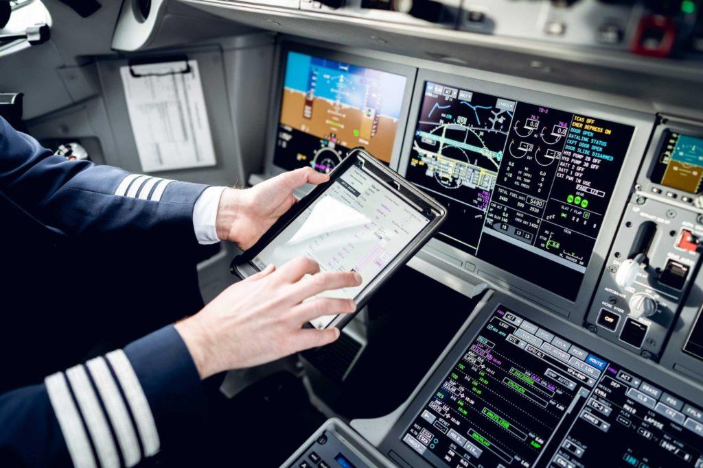 airBaltic introduce los planes de vuelo operativos electrónicos