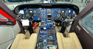 DO-228 cockpit