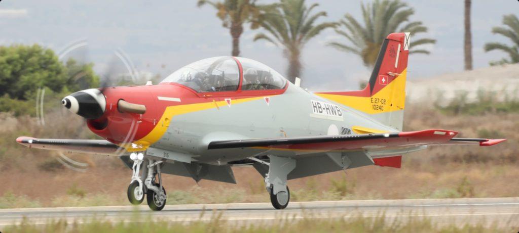 AGA recibe los dos primeros Pilatus PC-21